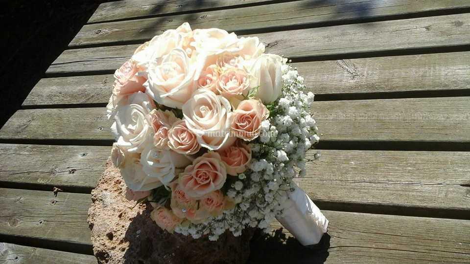 Bouquet Romantico Sposa.Bouquet Da Sposa Romantico Di Fiorilandia Garden Center Foto 30