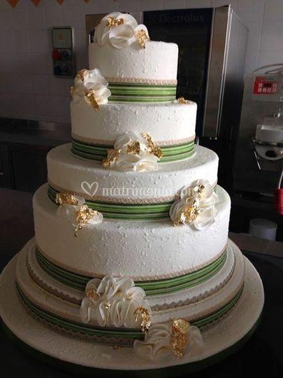 Wedding cake  na