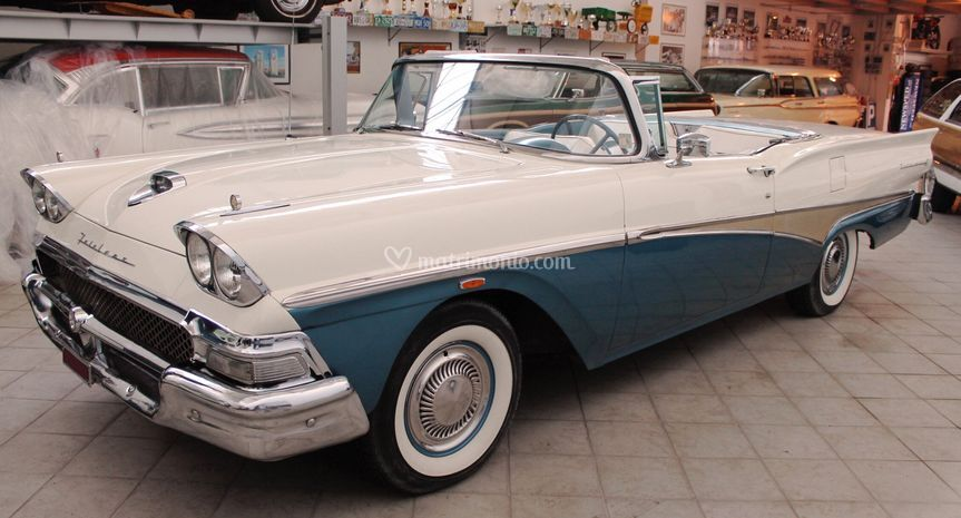 Ford Fairline Skyliner 1958