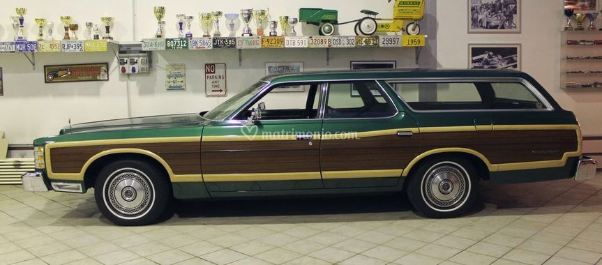Ford Country Squire SW 1977