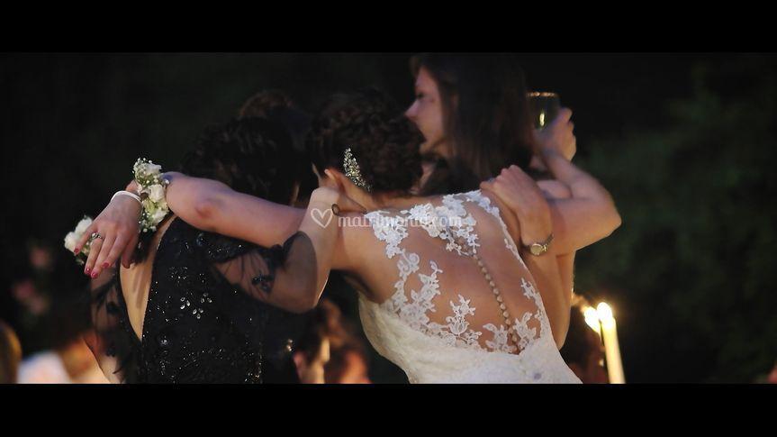 Frame video- abbraccio