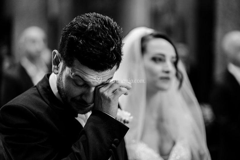 Lacrime in chiesa a Macerata