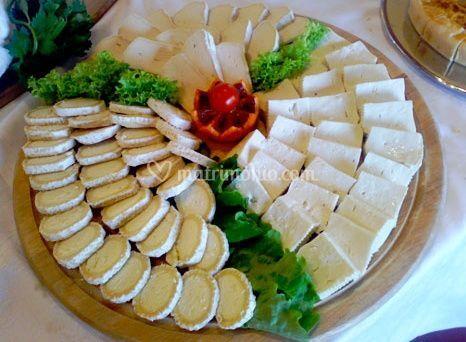 Buffet con formaggio