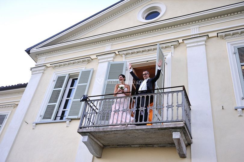 Sposi sul balcone