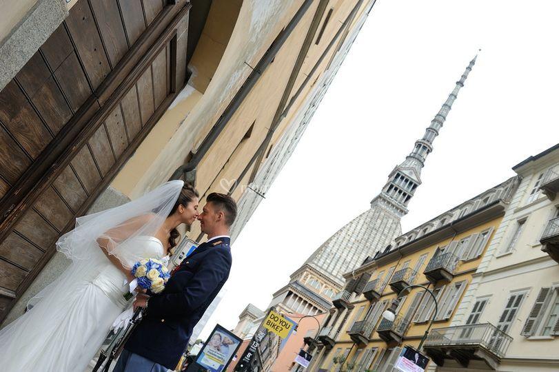 Sposi sotto la mole