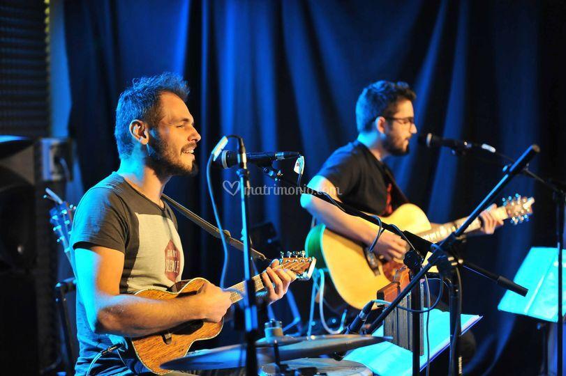 Duo chitarristi-cantanti