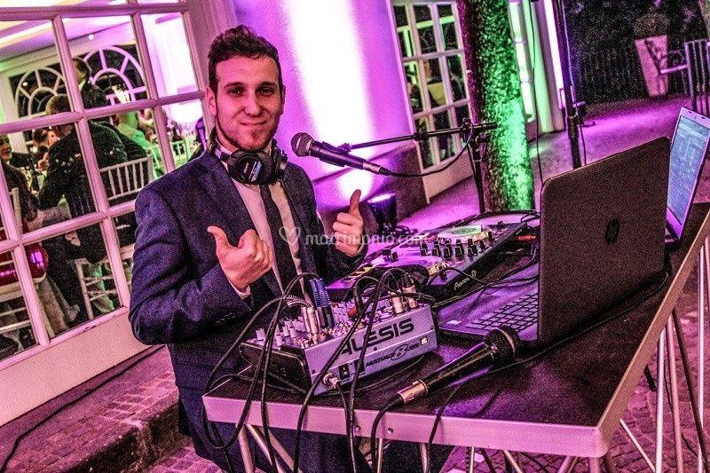 Cantante-DJ