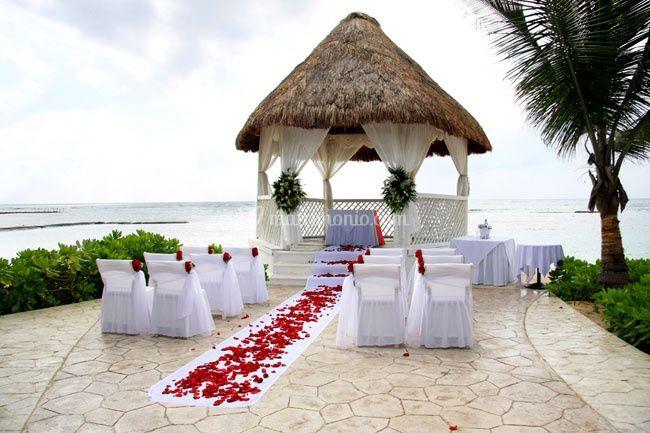 Gazebo Matrimonio Spiaggia : Matrimonio spiaggia di sweet dreams dessert catering foto