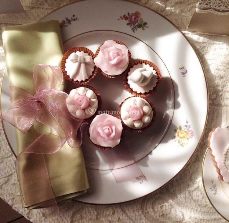 Cupcake Matrimonio Segnaposto.Mini Cupcakes Segnaposto Di Pasticceria Guastini Alessio C