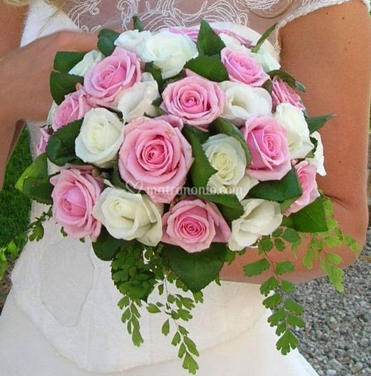 Bouquet di Rose Biache e Rosa