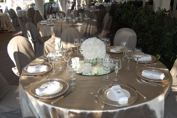 Addobbi floreali matrimonio di LOlmocolmo Events  Foto 5