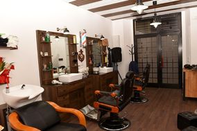 Lanterna Rossa Barber & Tattoo