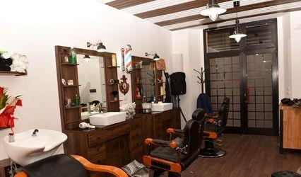 Lanterna Rossa Barber & Tattoo