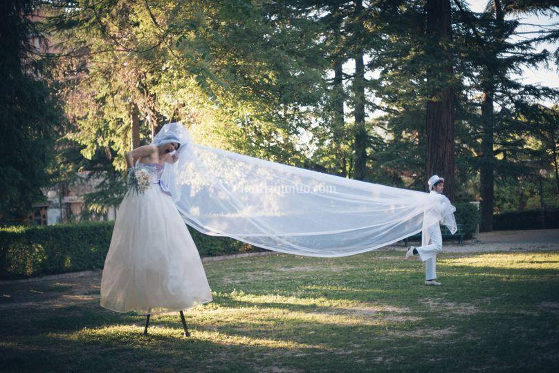 Trampoli abito bianco