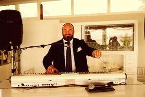Lorenzo Pianista Cantante Sax