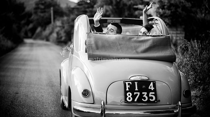 Sposi in macchina