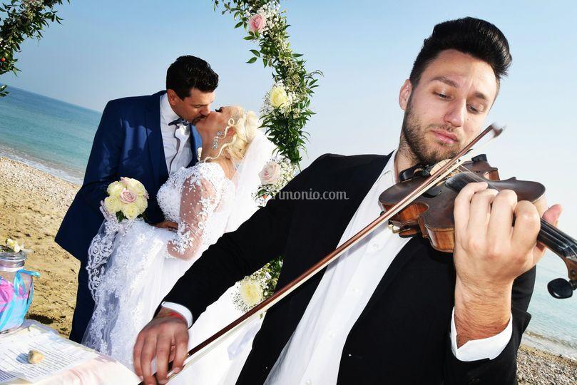 Valentino Alessandrini - Violin Performer