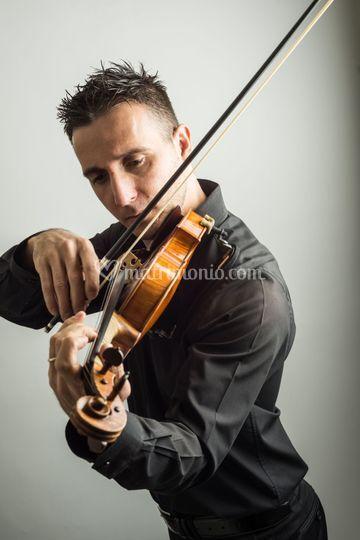 Violinista Alessandro Apinti