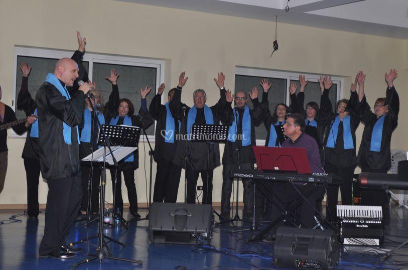 """Con il coro """"7 Hill's Gospel"""""""