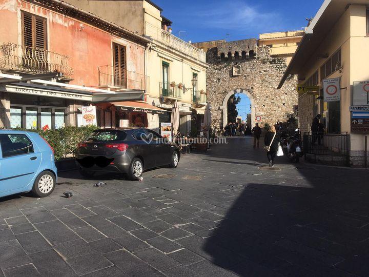 Auto Taormina