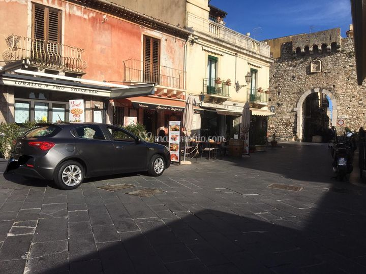 Auto a Taormina