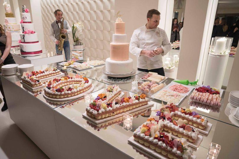 Pink cake love