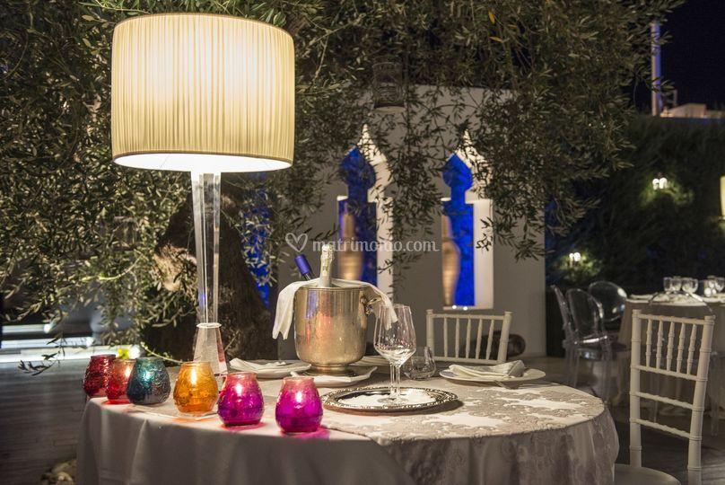 Matrimonio Tema Giardino Zen : Tavolo sposi giardino zen di villa carafa foto