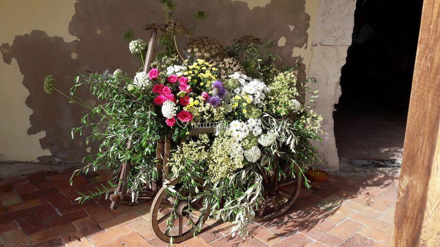Il carretto antico dei fiori
