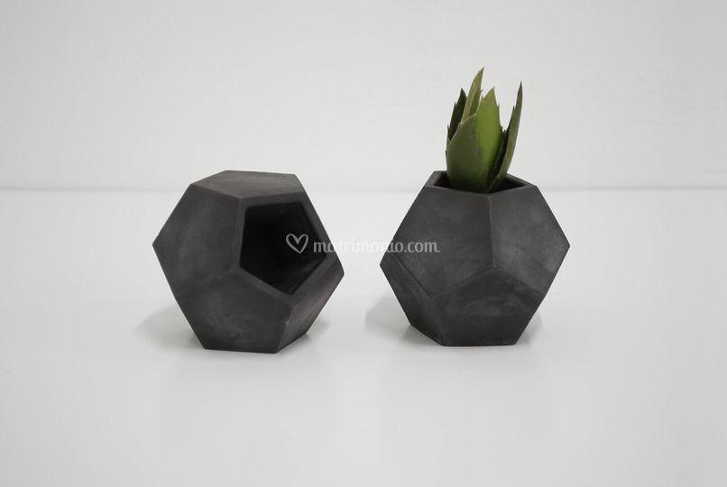 Pollux, vaso in cemento