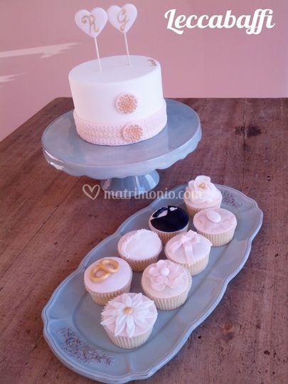Torta e cupcakes sposa