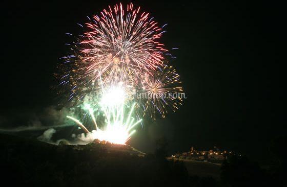 Fuochi d'artificio di paese