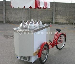 Triciclo refrigerato gelati