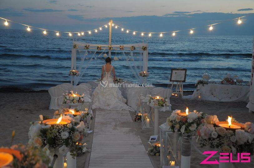 Matrimonio Spiaggia Gallipoli : Zeus beach