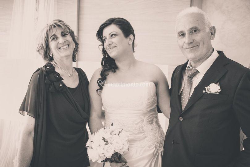 Sposa con i genitori