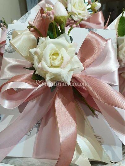 Confezione sfumatura rosa