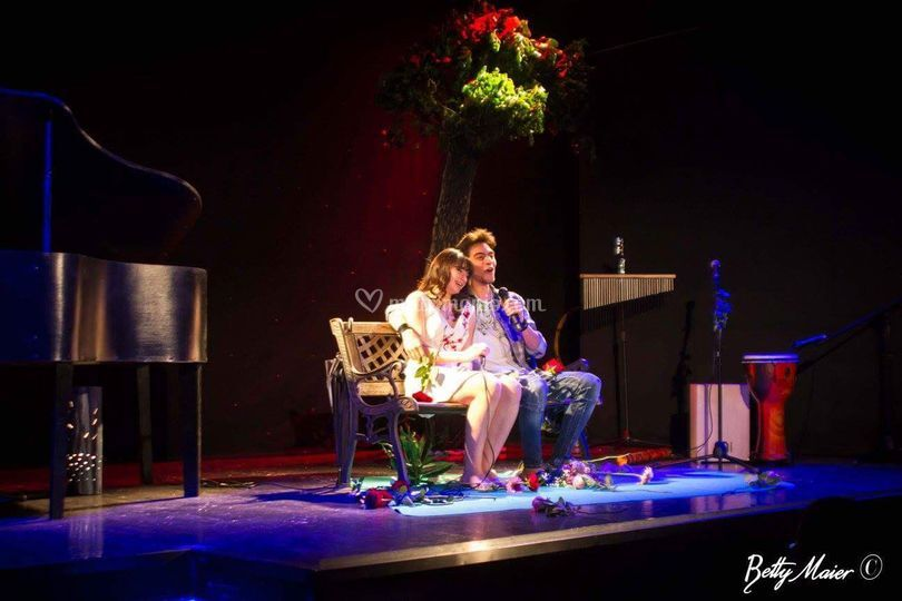 Simone & Luisa, Teatro