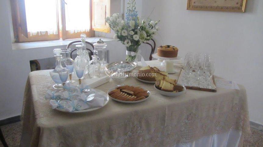 Addobbo tavolo casa sposa gallery of fiori matrimonio alternative originali e low cost per la - Addobbi matrimonio casa della sposa ...