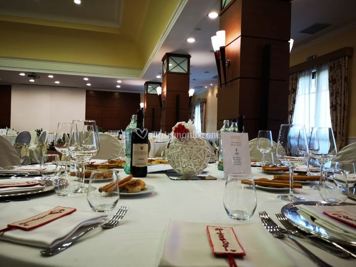 Set up tavolo invitati