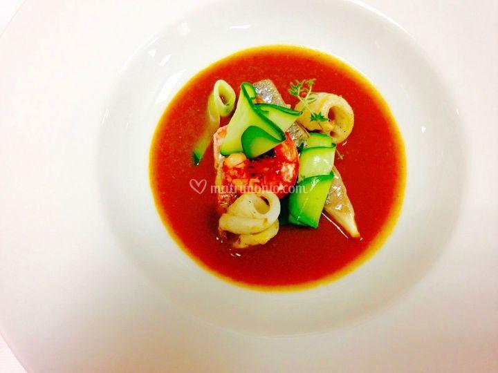 Zuppa di pesce con brodo di ga