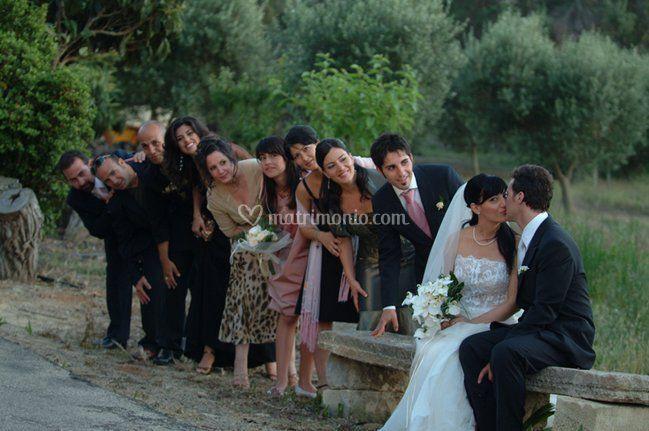 Gli sposi e gli amici