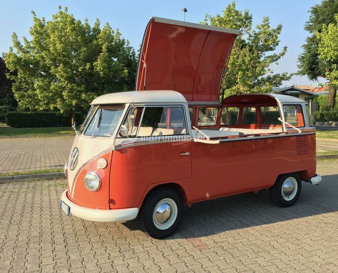 Idee aperitivo in villa? Pulmino VW Street Food
