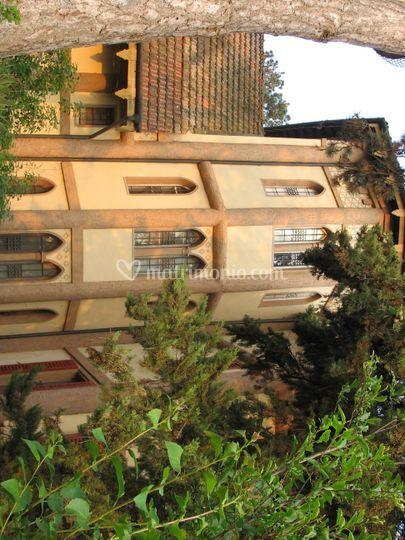 Villa crocioni - esterno corpo ottagonale con finestrini ogivali