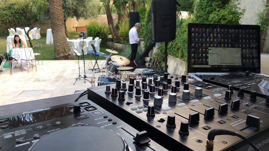 Band + DJ