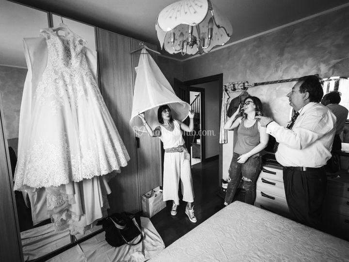 La zia ed il vestito