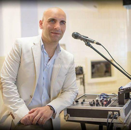 Antonio Bruno - Dj cantante
