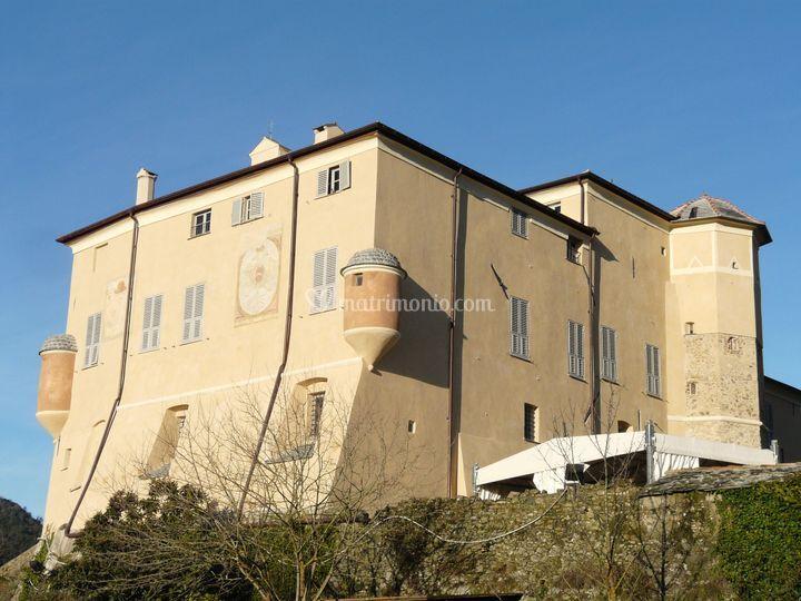 Garlenda-castello1
