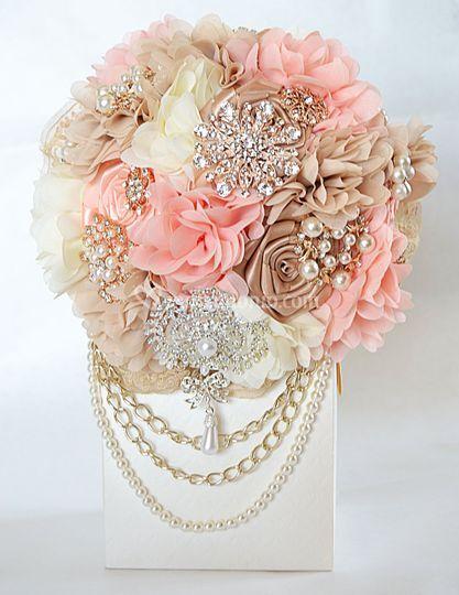 Bouquet gioiello in stoffa