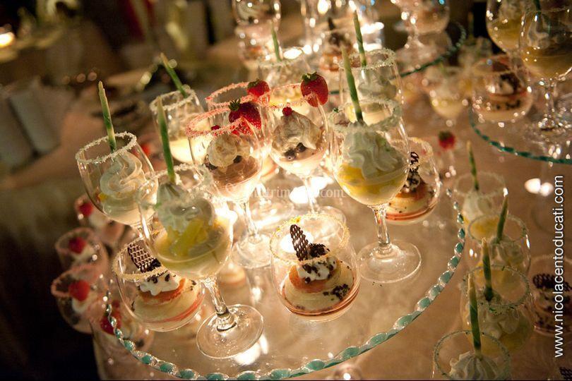 Buffet di gelato e frutta