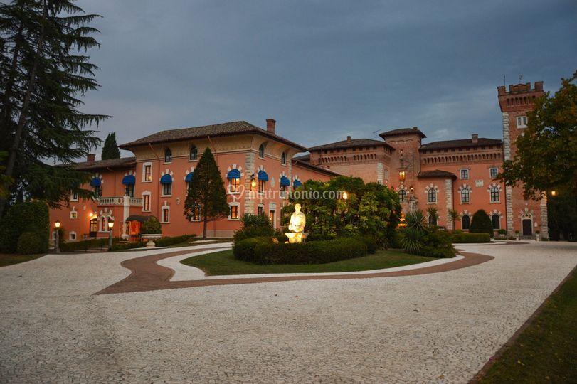 Castello di spessa resort - Castello di casanova elvo ...