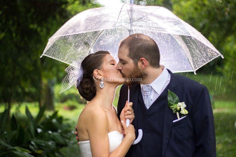 Un bacio sotto la pioggia